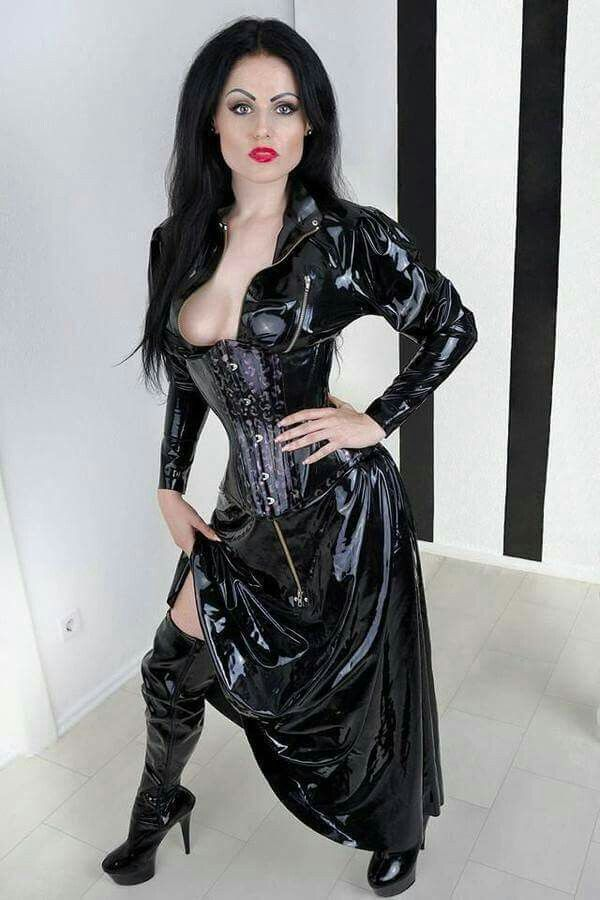 Alice in latex catsuit breathplay - 1 4