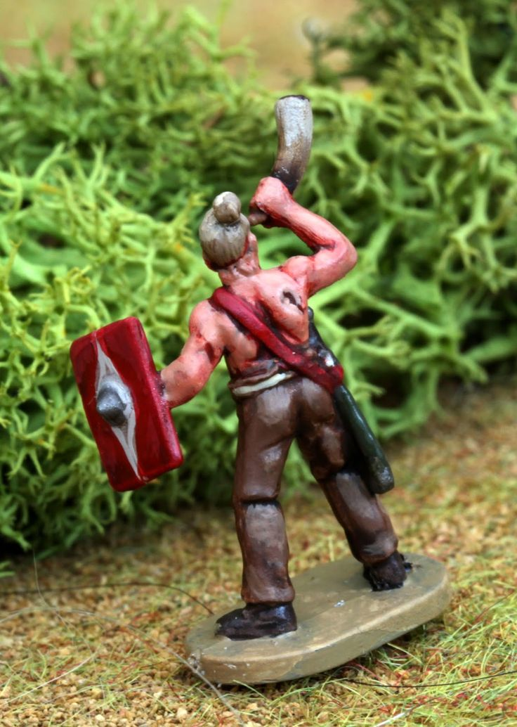 Germanic Horn Blower - 1/72 mini by Caesar - minis figurines figures figure 20mm 1/72 ancients painting plastic toy soldier miniatures Philotep
