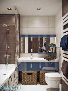 Оформление маленькой ванной в кремово - сливочных тонах. Большое зеркало в ванной