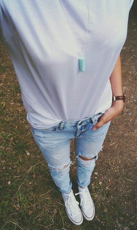 white t-shirt, light wash ripped skinny jeans & white converse