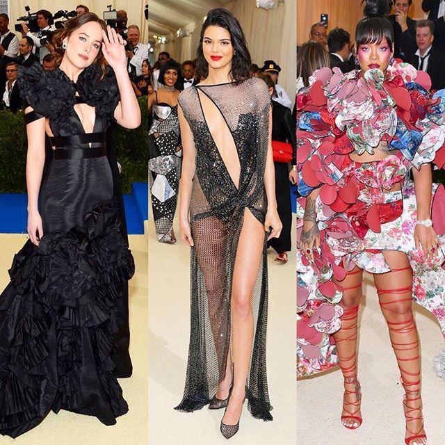 #Metgala2017 ニューヨークのメトロポリタン美術館のコスチュームインスティテュートガラ通称METガラが2017年5月1日に遂に開幕今年の展覧会Rei Kawakubo / Commes des Garçons : Art of the In-Betweenはファッション界の先駆者であるコム デ ギャルソンの創設者でデザイナーの#川久保玲 へのオマージュそこでコム デ ギャルソンの型破りで構築的なデザインにふさわしくアヴァンギャルド がMETガラのドレスコードにケイティペリーファレルウィリアムズジゼルブンチェンとトムブレイディ夫妻が司会を務めより一層の注目を集めるモードの祭典からセレブの最旬最強のレッドカーペットスタイルはエルオンラインでチェック #elleonline #ellejapan @commedesgarcons #reikawakubo #commedesgarcons  via ELLE JAPAN MAGAZINE OFFICIAL INSTAGRAM - Fashion Campaigns  Haute Couture  Advertising…