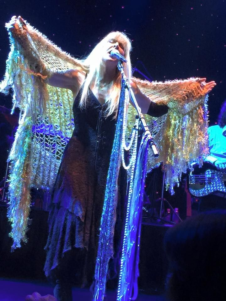 Stevie Nicks tribute artist Michelle Tyler shows that the shawl that I made for Stevie Nicks in black (that she wears during Rhiannon in concert) looks gorgeous in other colors!  Michelle asked for a Gold Dust Woman version.  I love her originality!
