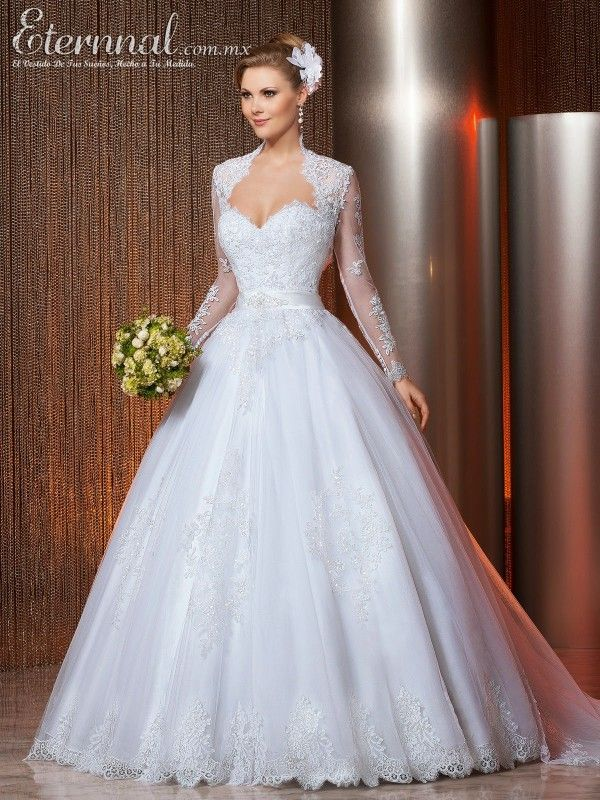 Vestido-de-Novia-ESMERALDA-corte-estilo-Princesa-y-escote-tipo-Corazon1
