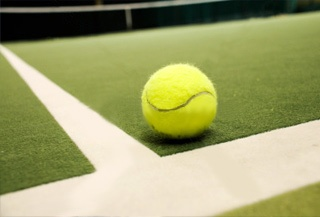 Césped y moquetas para pistas deportivas: padel, tenis, turf, futbol7.