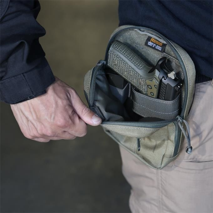 We're proud to introduce a pair of new concealed carry belt pouches optimized for fast and reliable draw. Design highlights include a quick opening pull tab and a reinforced stiffener-lined back panel. 2 sizes accommodate the full range of pistol sizes.