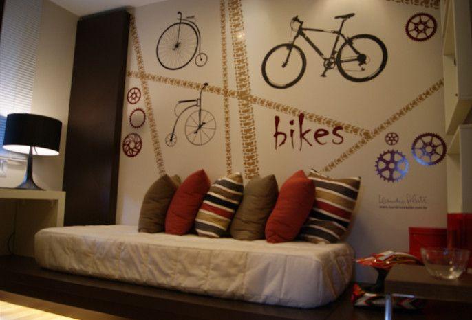 Leandro Selister - Apartamento Decorado | GOLDSZTEIN CYRELA | LOUVRE | 2008 | Porto Alegre | Bicicletas.  Parceria com Raul Pêgas