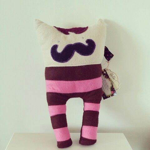 One of my Custom order Podkins   Thecatinthecardigan.etsy.com