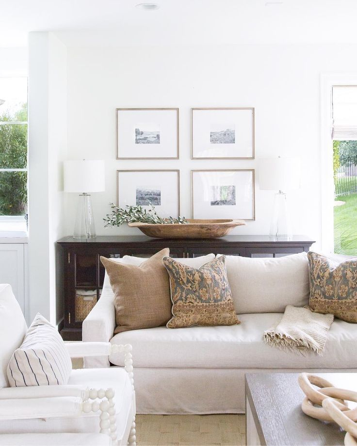 Beautiful Light And Airy Classic American Living Room With Touches