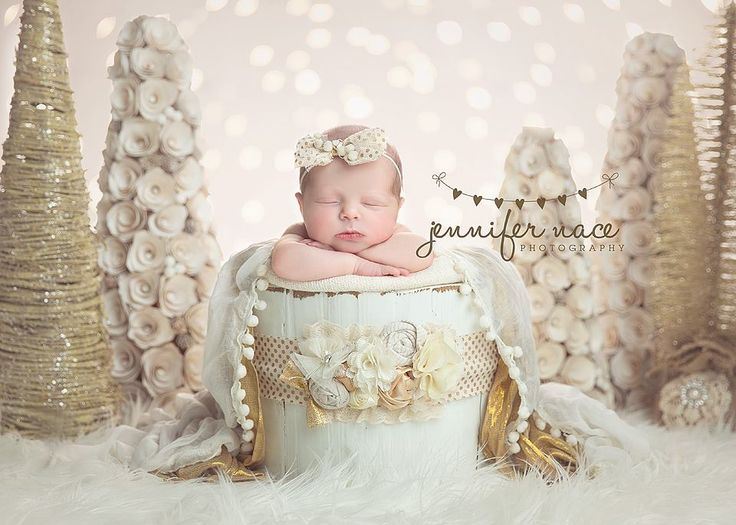 Lovely white and gold photo for winter just gorgeous · picture ideasphoto ideasnewborn