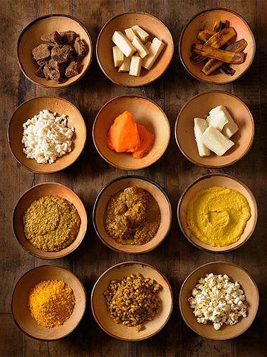 Também conhecidas como Comidas de Santos ou de Orixás Caruru de preceito - comida ritual do candomblé by @mandacaru Fonte: Wikipedia - Comida ritual, nas religiões consideradas afro brasileiras, sã...