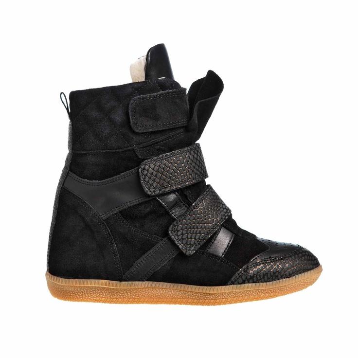 MARCH23 webshop sneaker Exposar