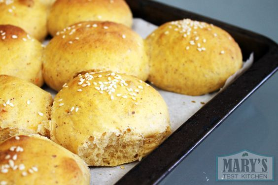 This sweet potato hamburger bun recipe makes delicious, soft and slightly chewy buns; perfect for your next vegan burger cookout! Sweet potatoes give these buns a unique texture along with beta-carotene and other nutrients, while freshly ground flax seeds add Omega-3's. Best of all, the recipe is really simple and easy, requiring no special equipment, …