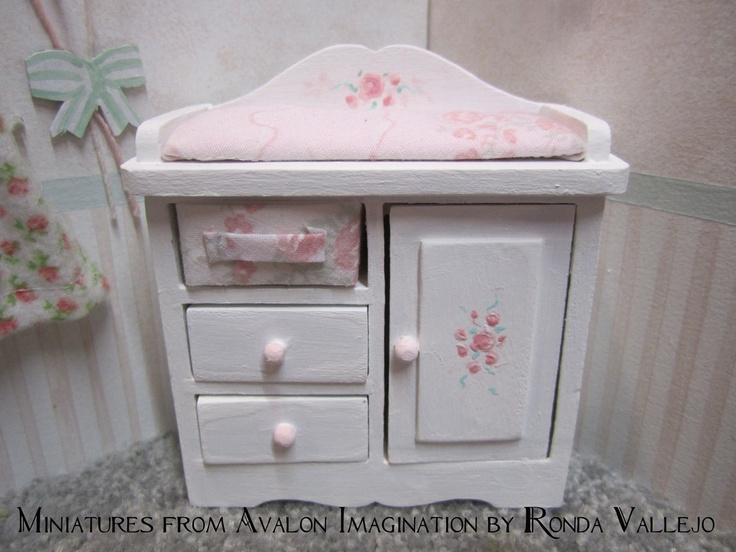 Miniature Dollhouse 1:12 Scale Shabby Chic Nursery Furniture In White With  Hand Painted