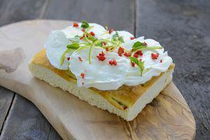 focaccia met gemarineerde mozzarella - Brood.net
