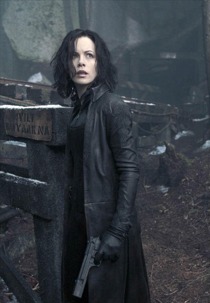 124 best Selene from Underworld images on Pinterest ...