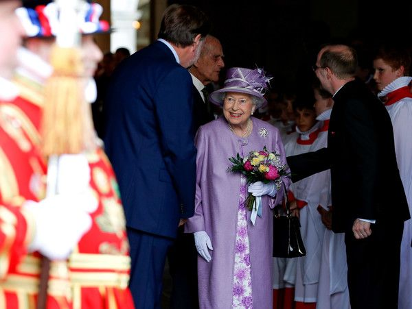 Queen Elizabeth II Photos Photos - Queen Elizabeth II (C) leaves an Evensong service in celebration of the centenary of the Order of the Companions of Honour at Hampton Court Palace on June 13, 2017 in London, England. - The Queen & Duke of Edinburgh Attend Evensong in Celebration of the Centenary of the Order of the Companions of Honour
