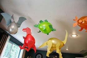 Dinosaur Balloons. Got to remember this for Tag's bday