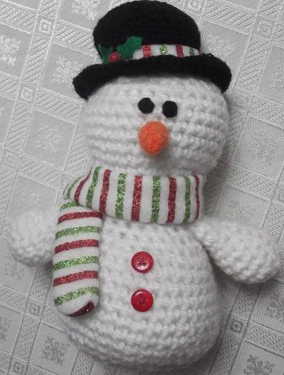 Amigurumi, tejido a crochet. Hombre de Nieve.