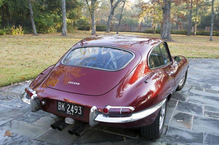 The 25 best jaguar car symbol ideas on pinterest jaguar for Who owns jaguar motor company