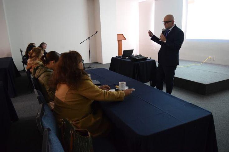 """Gracias por asistir a la sesión """"Una historia real de la diabetes"""", impartida por el Dr. Pablo Soberón Álvarez."""
