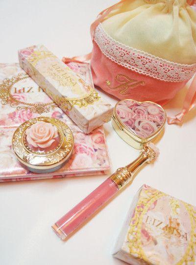 Liz Lisa make up girly girl baby doll dollface pastel vanity via my pretty doll bf with the most cake @catarinaregina