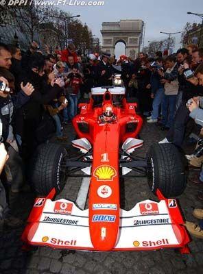 Grand Prix de Monaco? No, Paris!  Michael Schumacher F1 Champs Elysées, Paris, France.