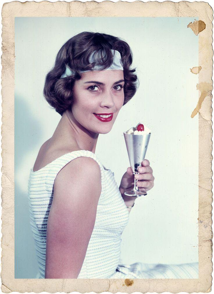 1965, Dr.-Oetker-Werbefoto mit Frau-Renate, Eis-aus-Eispulver