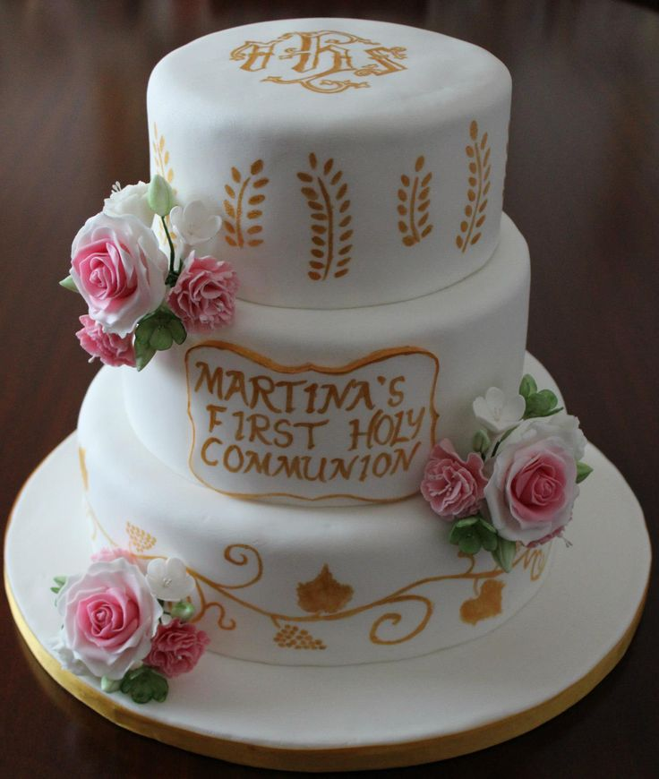 First Holy Communion hand painted cake with sugar flower bouquets.