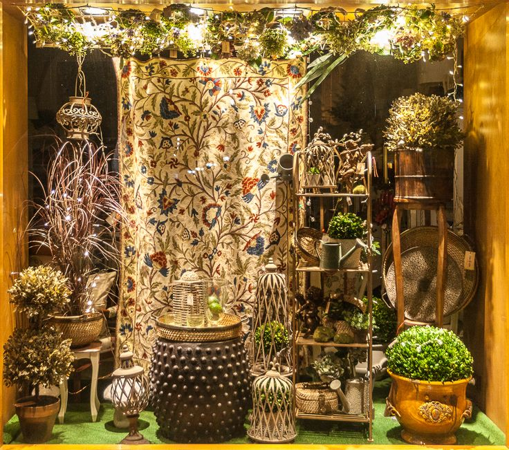 Magical Lights, Gardening tips, Oriental Decorations all for the Designer within you!
