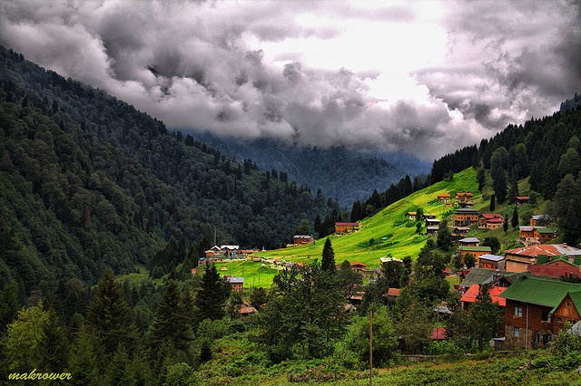 Ayder Yaylası    Rize Turkiye(Photo by Makrower)