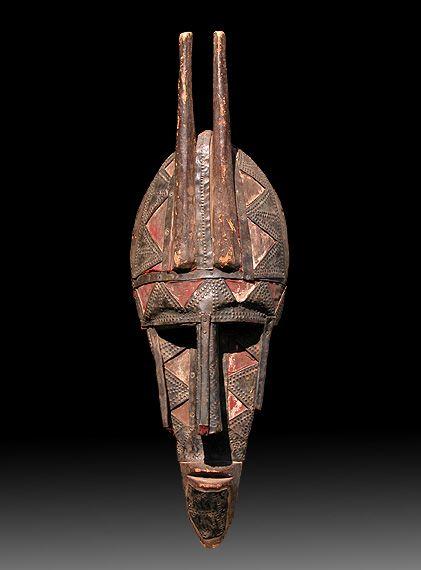 Africa | N'golo (n'golo kun) mask from the Soninké / Bambara of Mali | Wood, iron, copper, fabric.