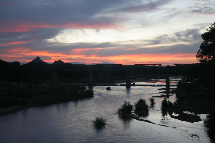 Sunset over the Olifants River ate 3 Bridges
