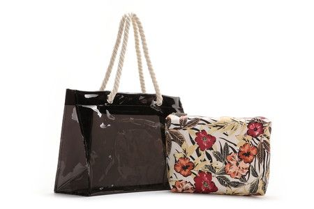 Transparent PVC beach bag. It includes two natural rope handles and a zip top bag/vanity case with attractive flowers.  #Abbacino #Summerinthecity #SS15