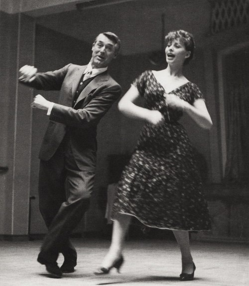 Cary Grant and Sophia Loren: this photo is so much better than the movie, but they are in and of themselves, fabulous....