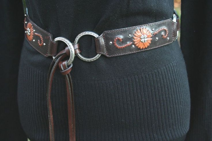BRIGHTON Belt Brown Leather Flowers Silver Studs Roping Medium BRAND NEW #Brighton