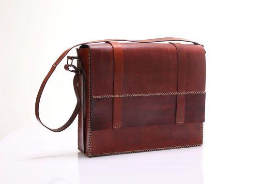 Leather Shoulder Bag Macbook Pro 15 Size by agarapatidesign