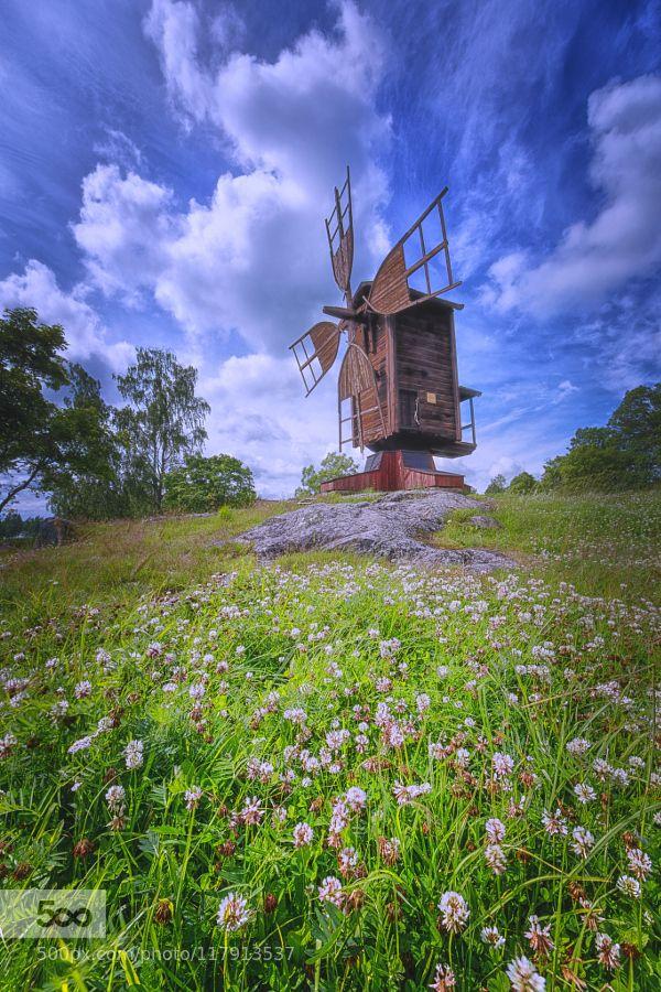 Once Upon a Time... This picture is taken in Vanhankylänniemi - Järvenpää - Finland