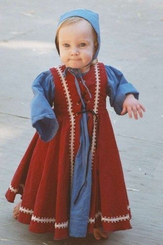 Medieval Childrens Clothing Google Search Kids Garb