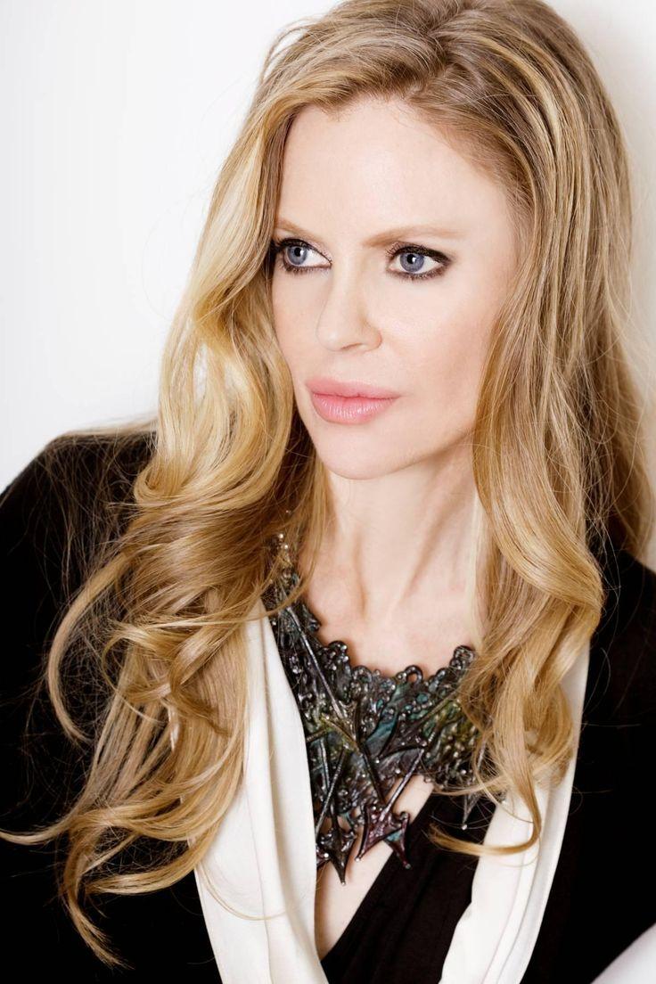 Kristin Bauer van Straten. LOVE HER