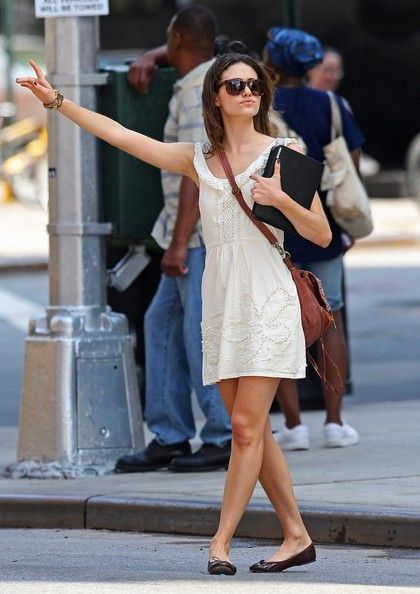 Emmy Rossum Trying To Hail A Cab In New York. Aug. 2010