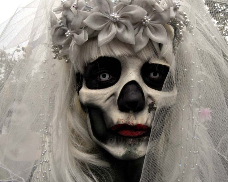 115 best Bride dress modifications images on Pinterest | Steampunk ...
