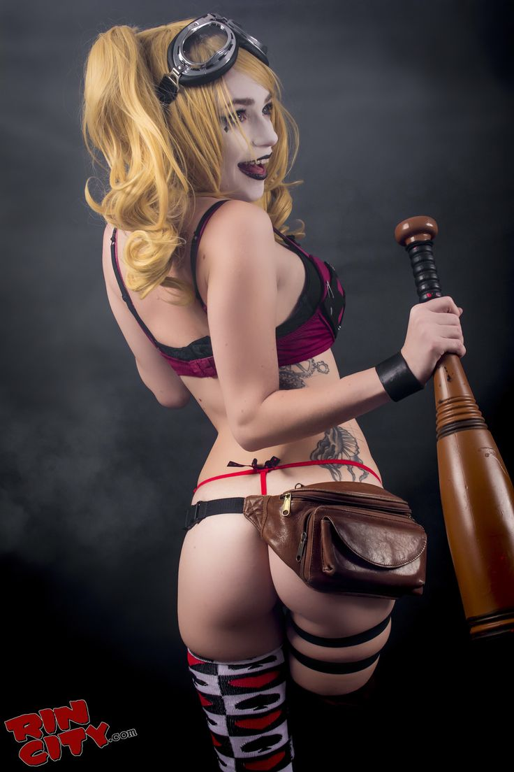 Character: Bombshell Harley Quinn (Dr. Harleen Quinzel) / From: 'DC Comics: Bombshells' / Cosplayer: Rin / Photo: Magliris Photography (2015)