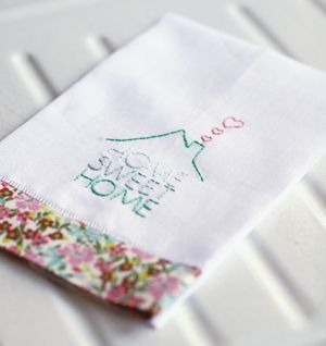FREE cute home sweet home towel pattern with embroidery pattern