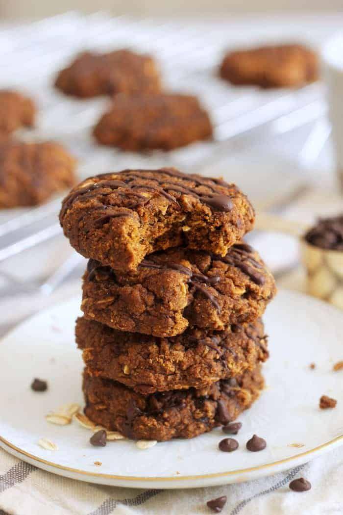 Soft Pumpkin Oatmeal Cookies Vegan Gluten Free Hummusapien Recipe In 2020 Vegan Pumpkin Cookies Pumpkin Cookie Recipe Pumpkin Spice Recipe