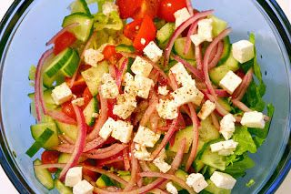 http://yourfoodideas.blogspot.ro/2013/09/bulgarian-salad-i-dont-take-credit-for.html