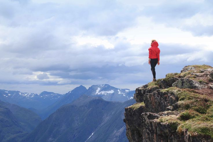 The best view comes after the hardest climb. Romsdalseggen Ridge Norway | travel |photography