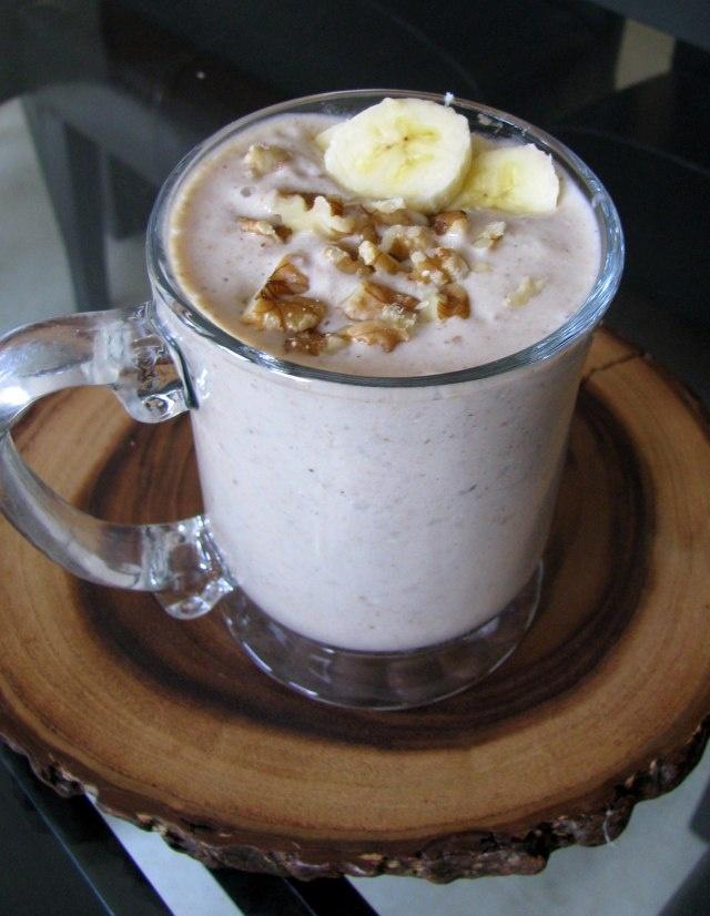 Banana Bread Smoothie? Now you're talking! #glutenfree #dairyfree # ...
