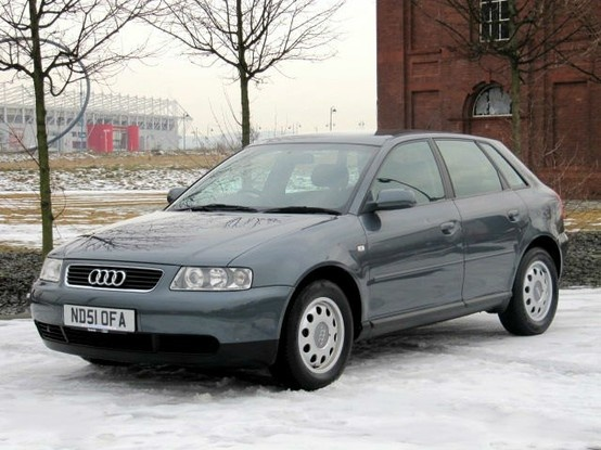 Audi A3 1.6 * Low Mileage Full Service History www.thecarwarehouse.co.uk £1999