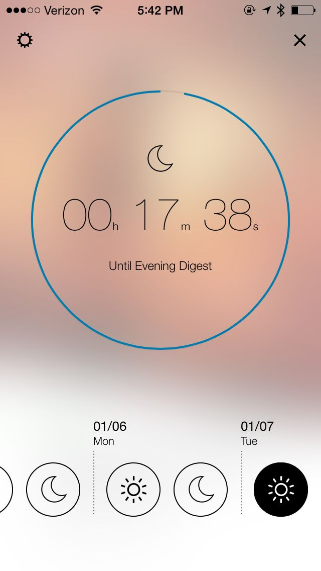 Yahoo News Digest - a simple, blurred, circle timer view.