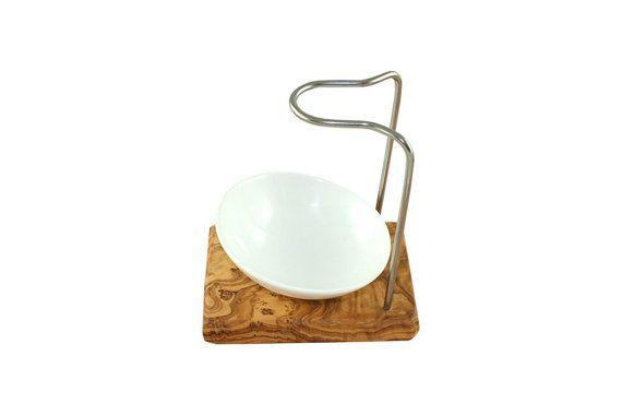 Rasierpinselhalter aus Olivenholz mit Porzellanschale und
